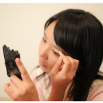 普通の化粧とは違う『就活メイク』の基本。女子就活生が気をつけるべき事は?
